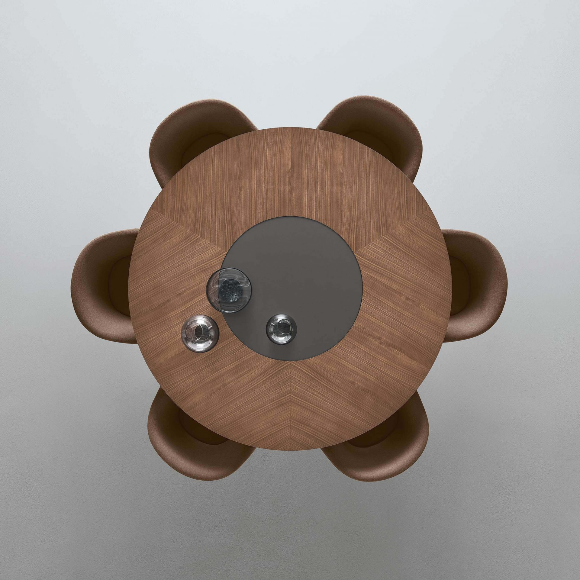 Manta table with lazy susan top