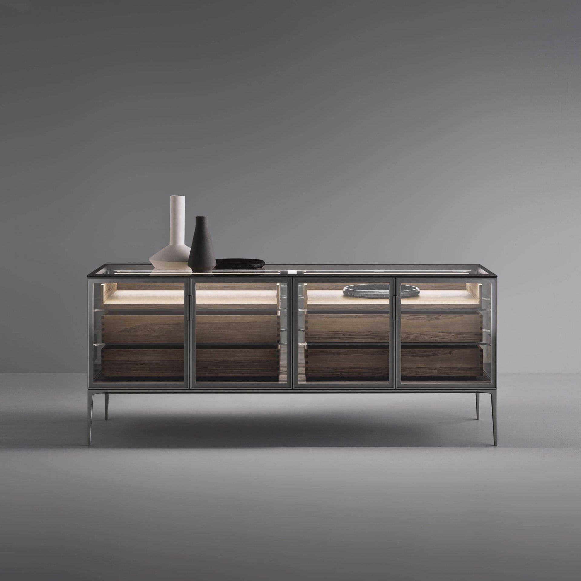 Case sideboard with transparent top and internal drawers